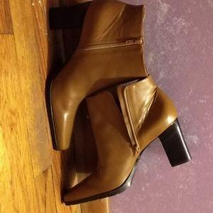 Women's 9m half boot